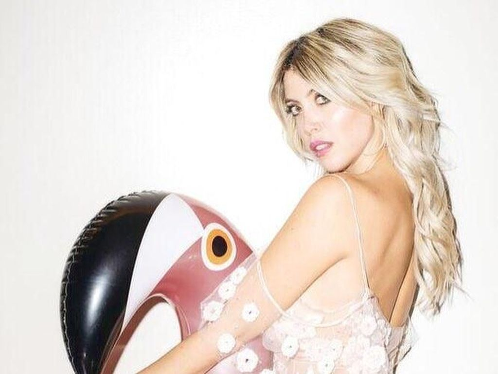 Ini Wanda, Model Cantik yang Dituding Bikin Jelek Karier Pemain Inter Milan
