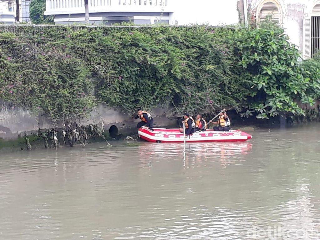 Tepergok Curi Motor, Pria Ini Cari Selamat Ceburkan Diri ke Sungai