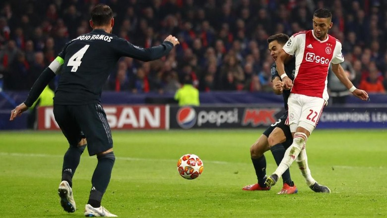 Madrid Menangi Laga Sulit di Johan Cruyff Arena