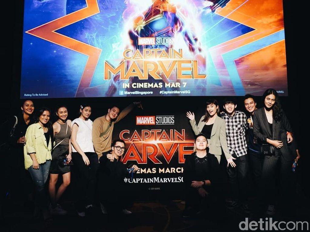 Tatjana Saphira hingga Baim Wong Panaskan Red Carpet Captain Marvel