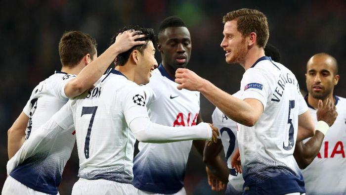 Tottenham Hotspur diingatkan untuk mewaspadai kebangkitan Borussia Dortmund di leg kedua 16 besar Liga Champions (Foto: Clive Rose/Getty Images)