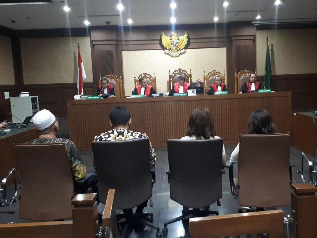 Terima Suap dari Gatot Pujo, 4 Legislator Sumut Divonis 4 Tahun Bui