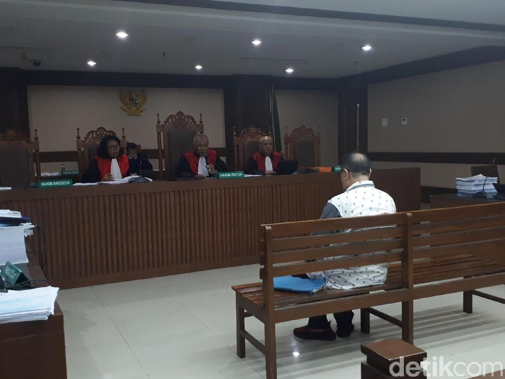 Hadi Ngaku Bantu Pengusaha Tamin Menyuap Hakim PN Medan