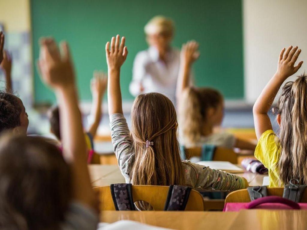 Pentingnya Memulai Asuransi Pendidikan Anak Sejak Dini