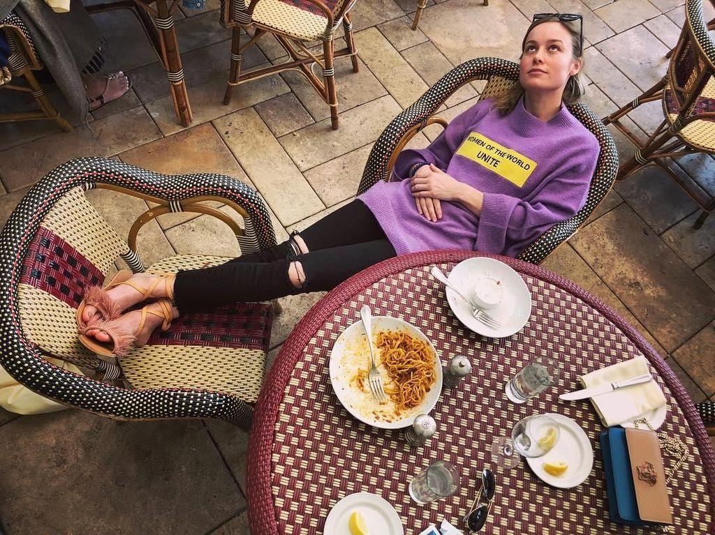 Hobi Makan Pizza dan Es Krim, Ini Brie Larson Captain Marvel yang Keren
