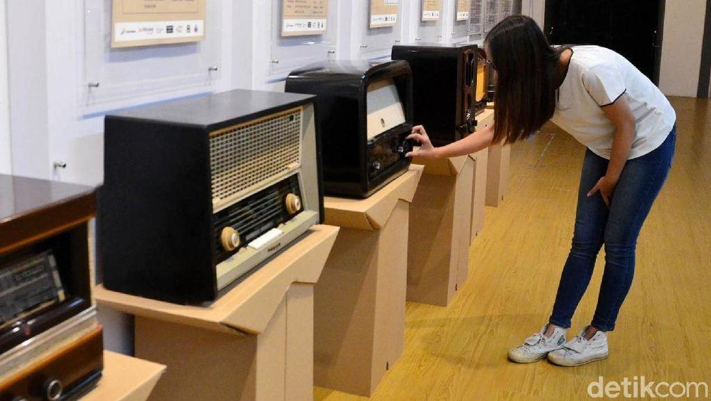 41 Radio Antik Mejeng di Museum Kota Bandung