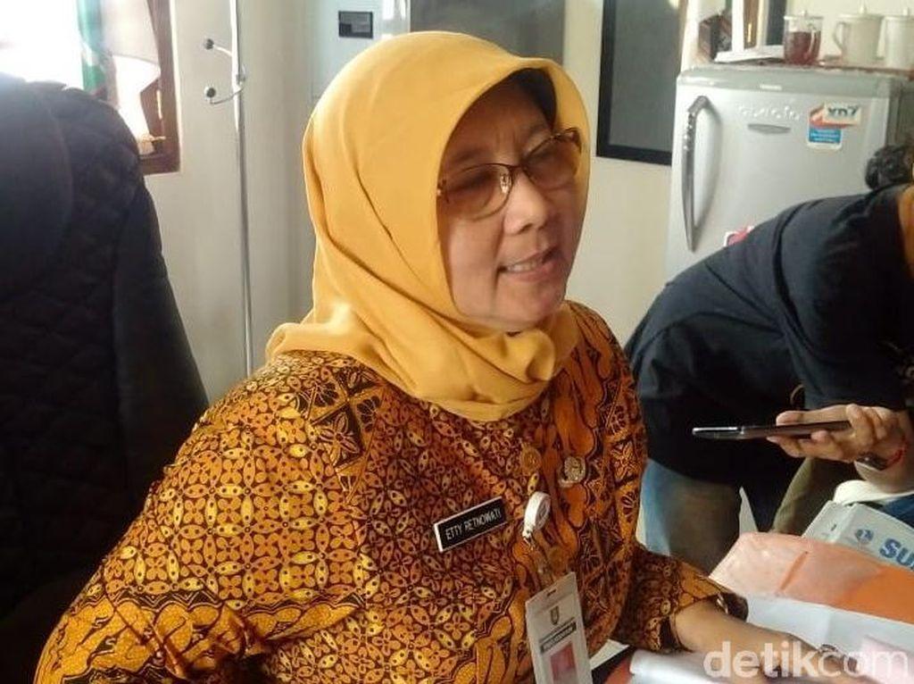 Tentang Kakak Iriana Jokowi yang Dirotasi Akibat Sistem Zonasi Guru