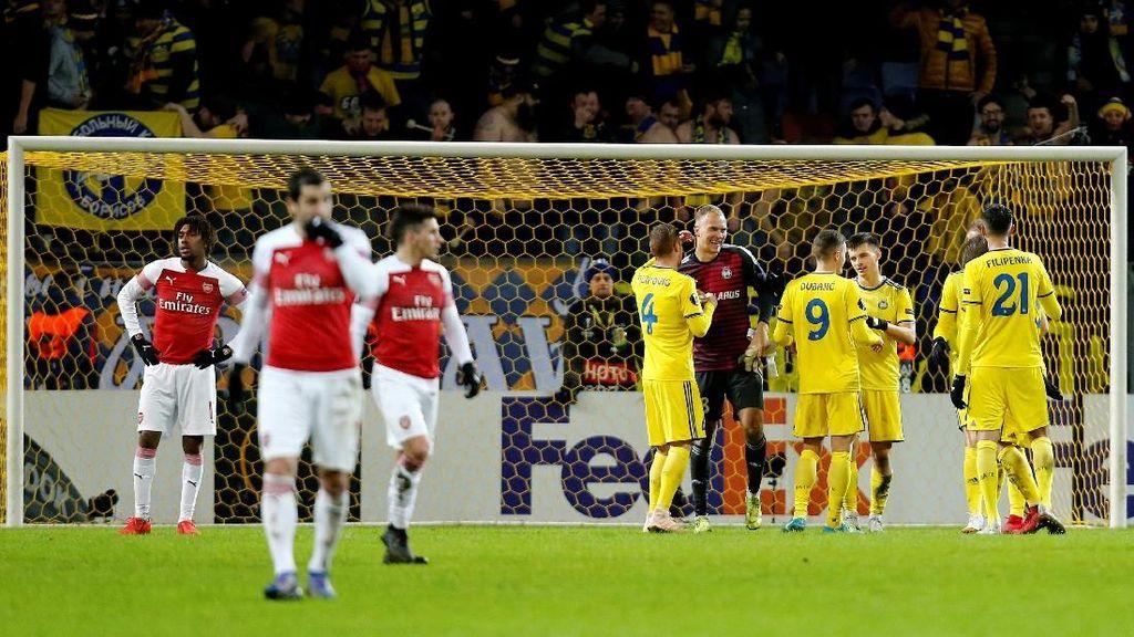 Arsenal Kalah di Tempat yang Bersejarah