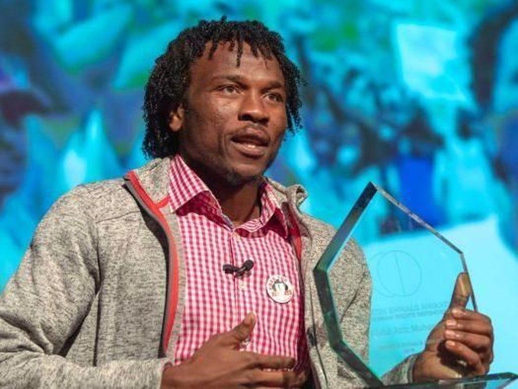 Pengungsi Asal Sudan di Pulau Manus Terima Penghargaan HAM di Swiss
