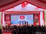 Di Depan Jokowi, Ketum Muhammadiyah Ingatkan Soal Pose Jari Saat Foto