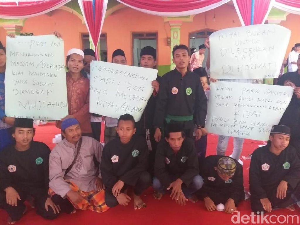 Protes Puisi, Santri di Ngawi Doakan Fadly Zon Dapat Hidayah