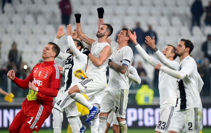 Juventus memetik kemenangan saat berhadapan dengan Frosinone di lanjutan Liga Italia. Bianconeri menang dengan skor akhir 3-0. Massimo Pinca/Reuters.