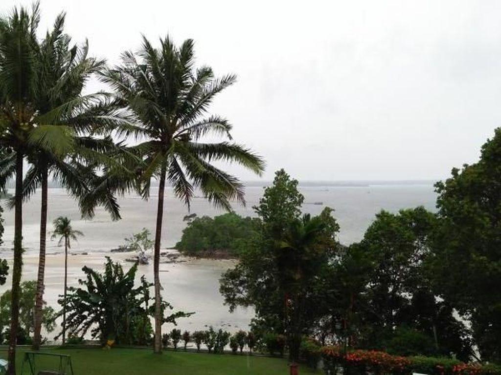 Santai Sore di Bukit Berahu, Belitung