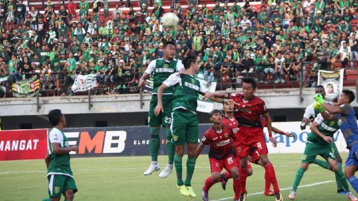Persinga Ngawi tapil di babak 32 besar Piala Indonesia tak digaji. (Deny Prastyo Utomo/detikSport)