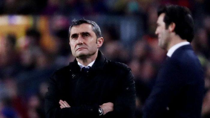 Ernesto Valverde ingin berikan lebih banyak trofi untuk Barcelona (Sergio Perez/Reuters)