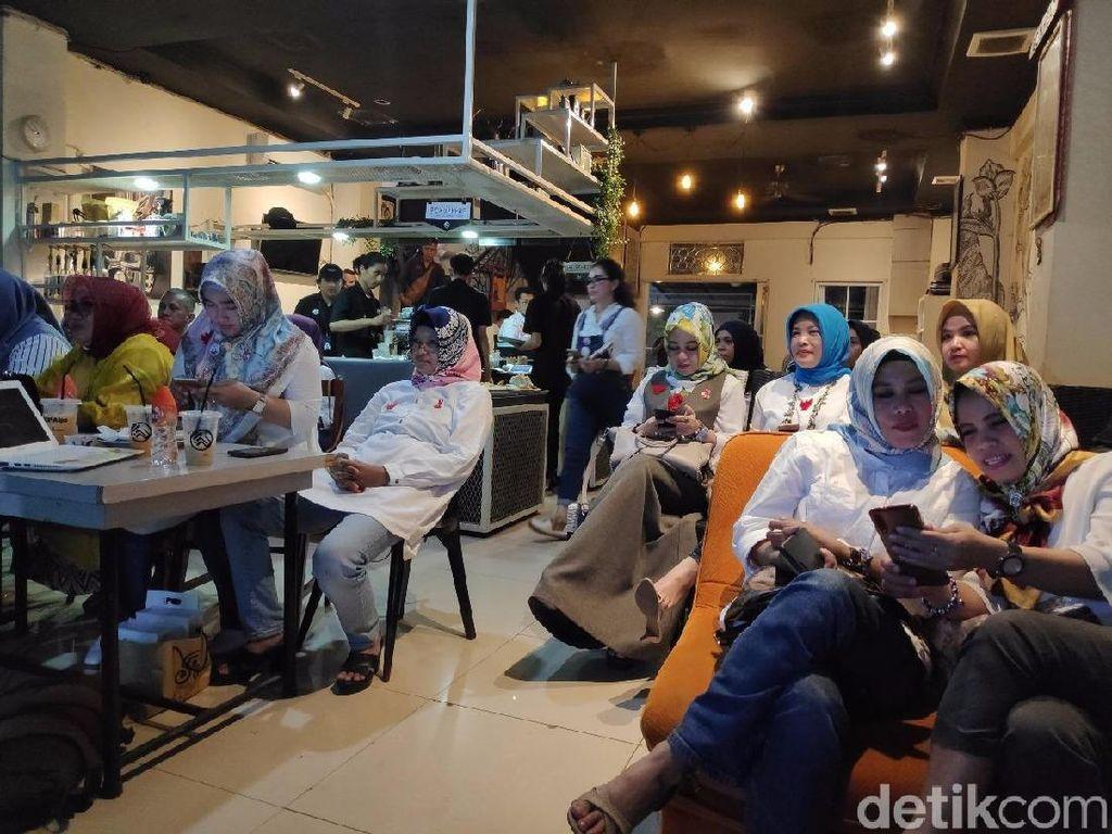 Emak-emak di Makassar: Prabowo Kuasai Materi Debat