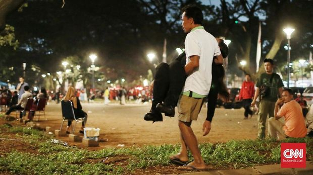 Jokowi Batal Temui Pendukung Usai Ledakan di Parkir Timur