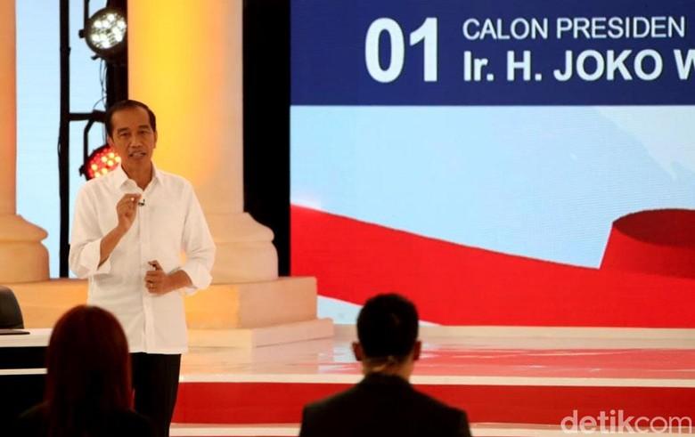 Ramai 'Jokowi Pakai Earpiece Saat Debat', begini Bantahan TKN Yang Bikin Pendukung 02 Bungkam!