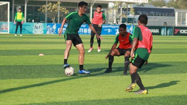 Timnas Indonesia berlatih di Kamboja jelang laga pertama Piala AFF U-22.