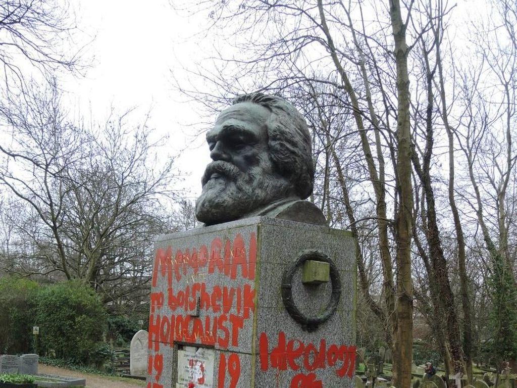 RUU KUHP: Sebarkan Paham Komunisme/Marxisme Dihukum 4 Tahun Penjara