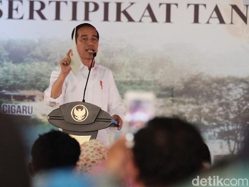 Bagikan Sertifikat Tanah di Tangerang, Jokowi: Biar Nggak Ada Sengketa