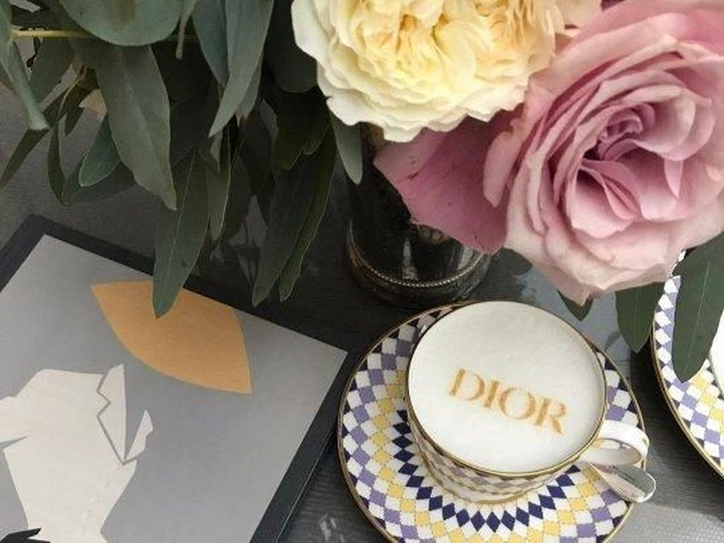 Afternoon Tea Bertema Dior Ditawarkan Selama London Fashion Week