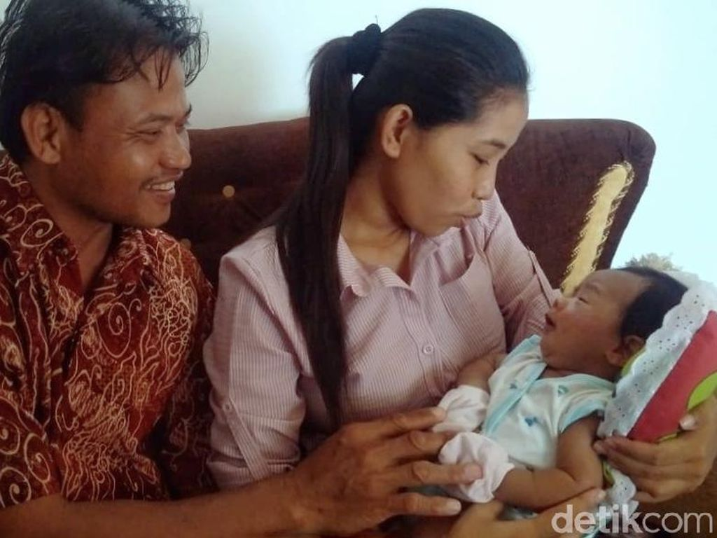 Bayi Joko Widodo Maruf Lahir di Sragen