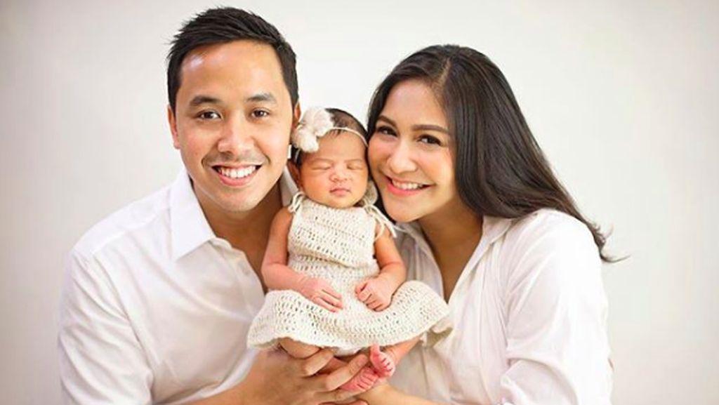7 Momen Bonding Caca Tengker dengan Buah Hati Tercinta, Ansara