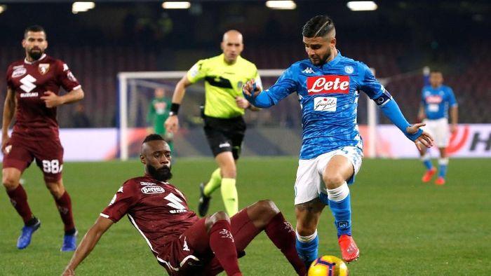 )Napoli diredam Torino tanpa gol (REUTERS/Ciro De Luca