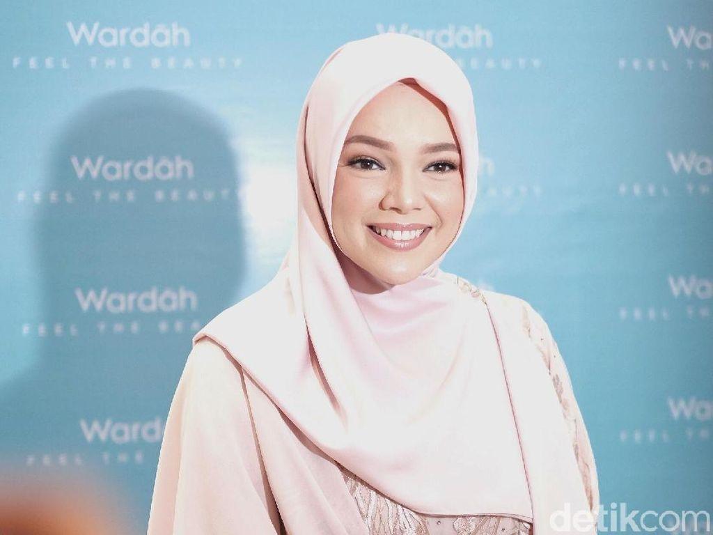 Ingin Berhijrah di 2019? Ini Langkah Pertamanya Menurut Dewi Sandra