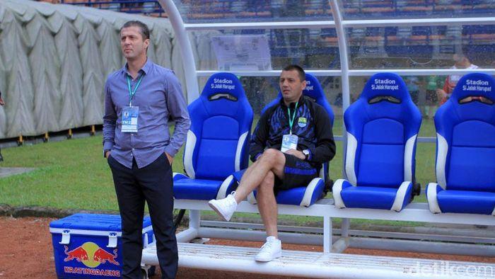 Miljan Radovic yakin Persib Bandung masih bisa lolos. (Foto: Wisma Putra/detikcom)