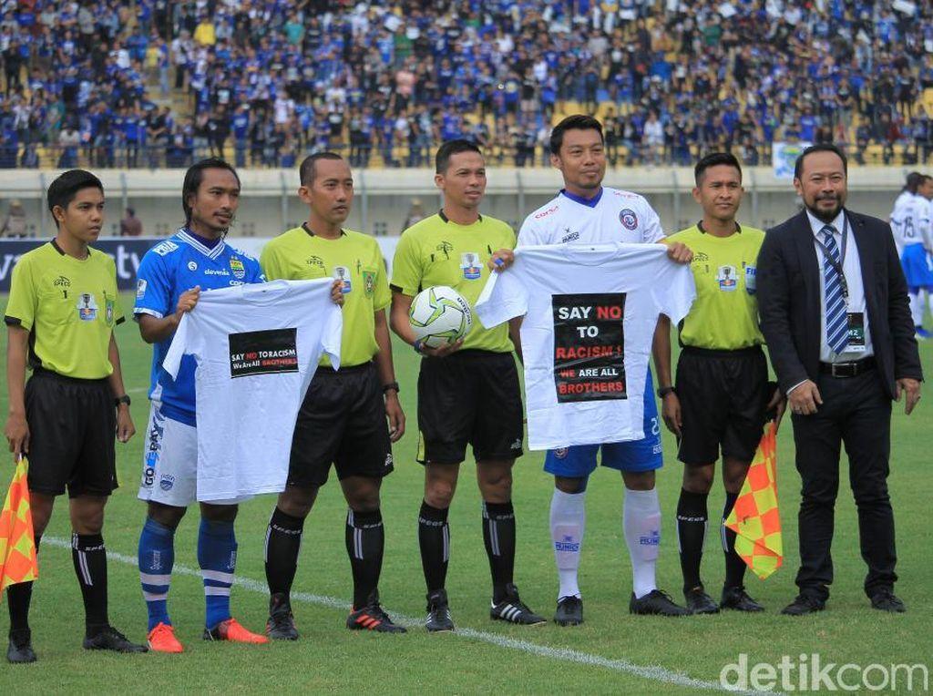 Laga Persib Vs Arema FC Berakhir Tanpa Pemenang