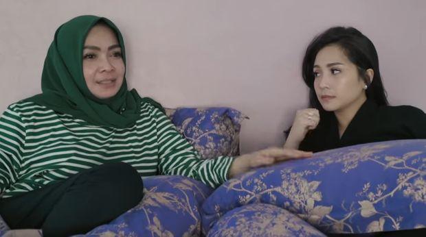 Rasa Kehilangan Ibunda Nagita Slavina Saat Putrinya Menikah