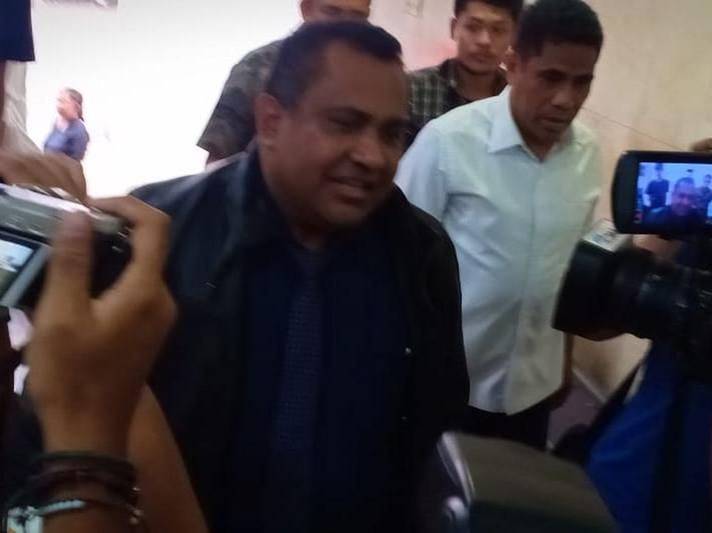 Ikut Memukul Penyelidik KPK, Sekda Papua Dijerat Pasal Penganiayaan