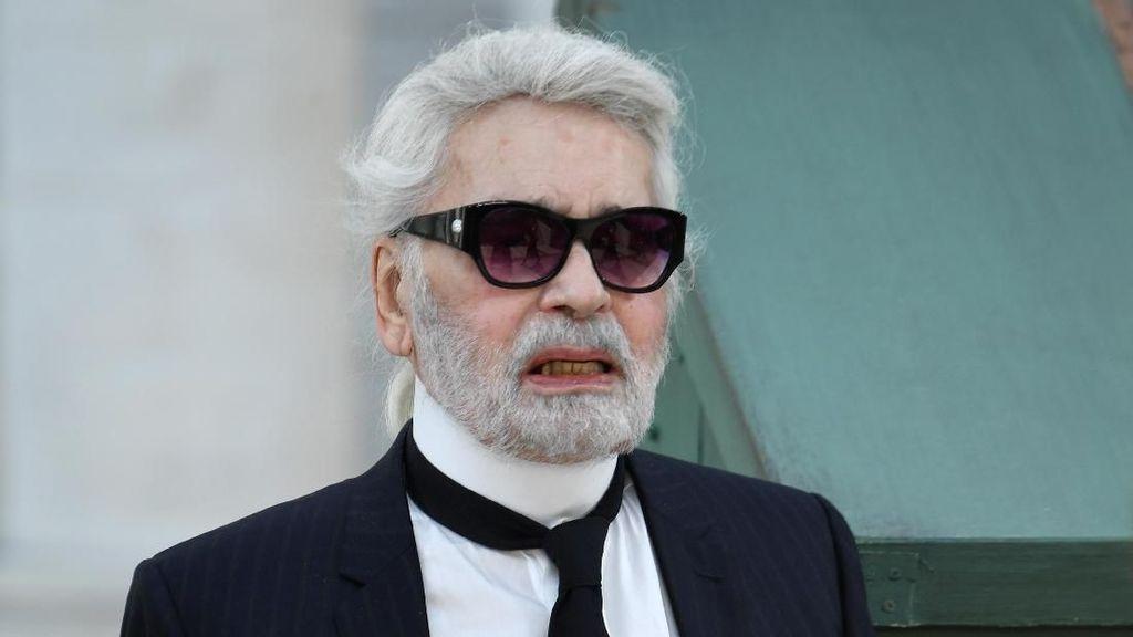 9 Fakta Karl Lagerfeld: Kisah Rambut Kuncir Kuda dan Tak Mau Pakai Ponsel