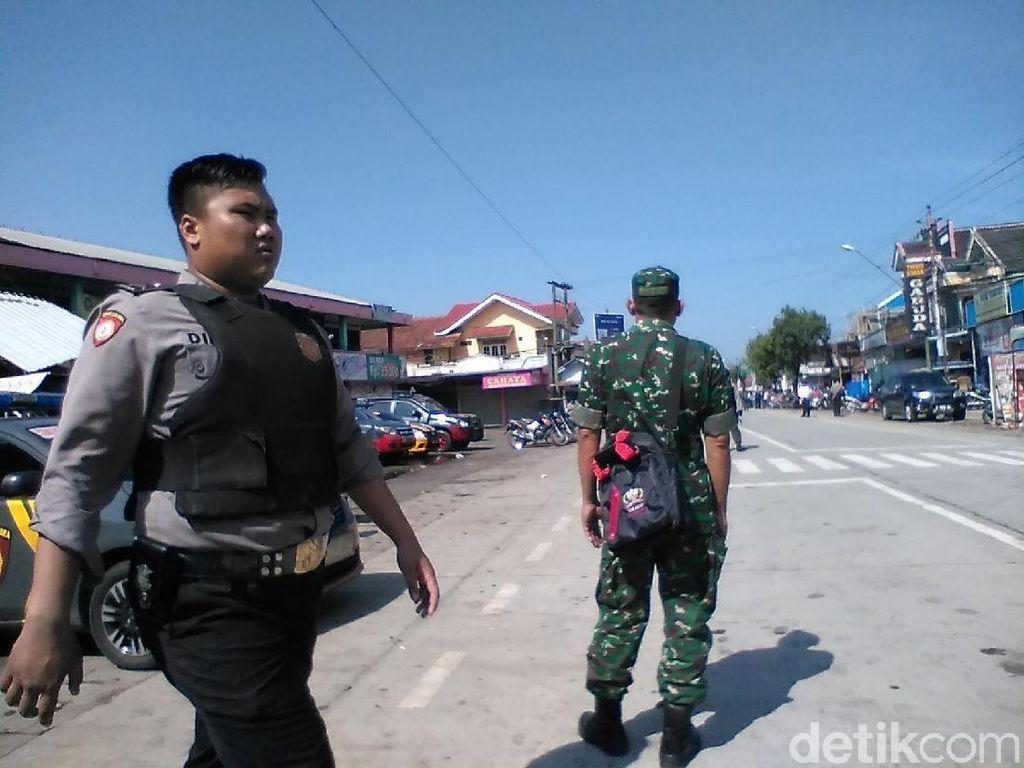 Ada Ledakan, Pasar Sampang Cilacap Disterilkan