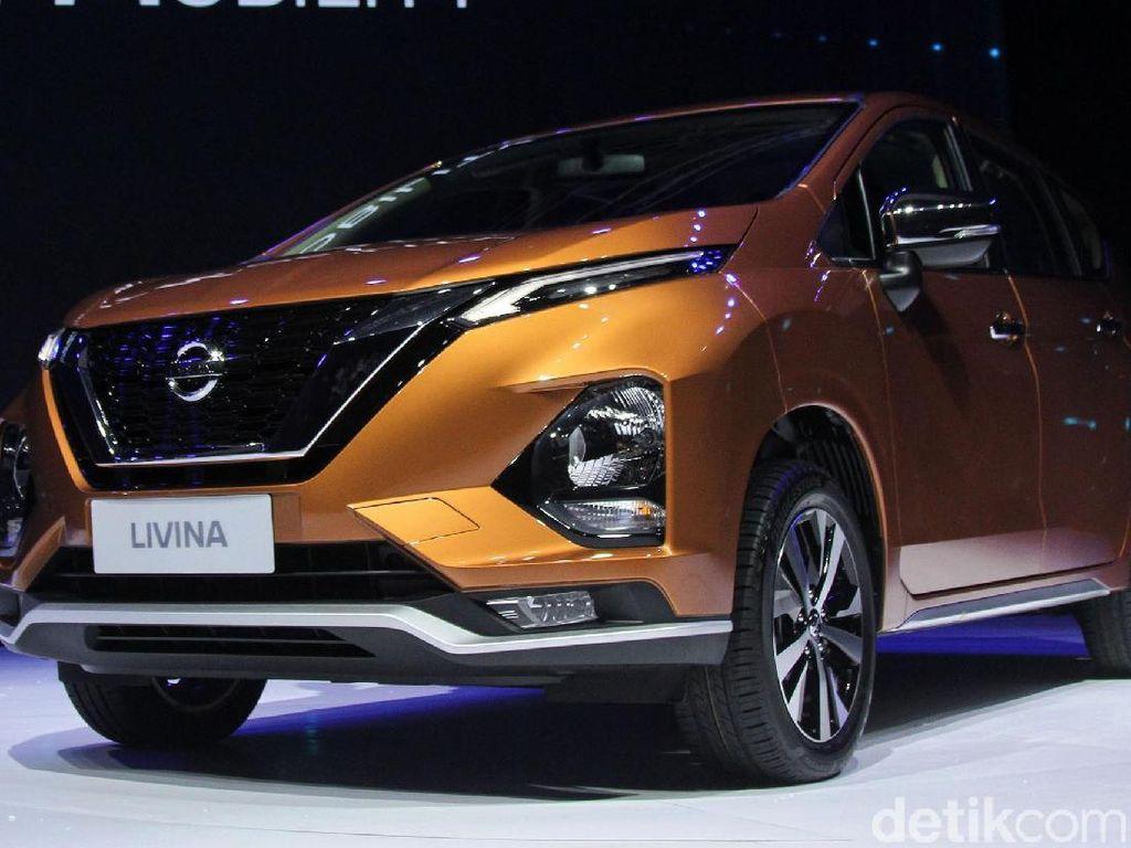 Nissan Livina Kembaran Xpander Meluncur
