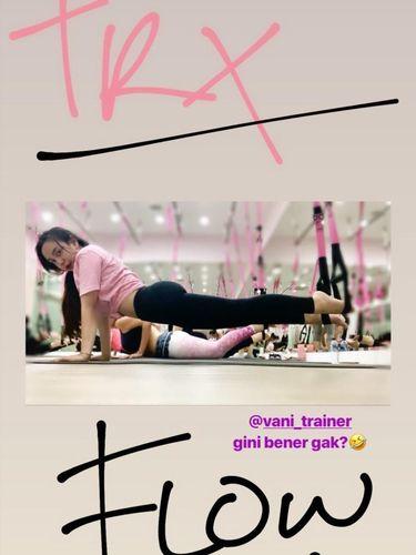 Ia juga kerap memamerkan aktivitas olahraganya di Instagram.