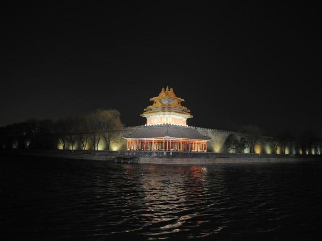 Pertama dalam 94 Tahun, Kota Terlarang China Dibuka Saat Malam
