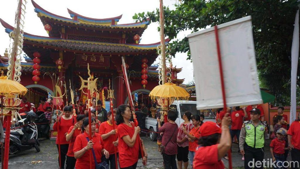 Foto: Cap Go Meh di Bali, Wujud Indahnya Toleransi