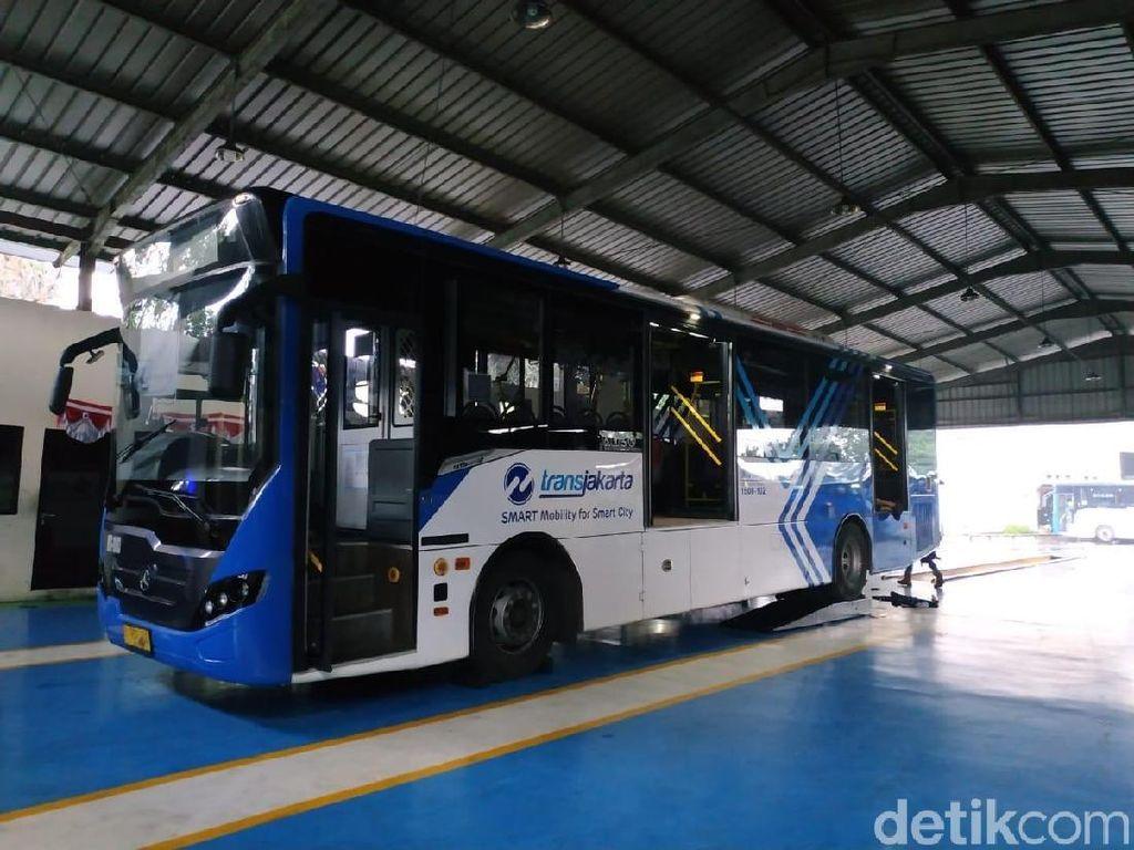 Bus Kota Makin Nyaman, AC Bocor Saja Tak Boleh Keluar Kandang