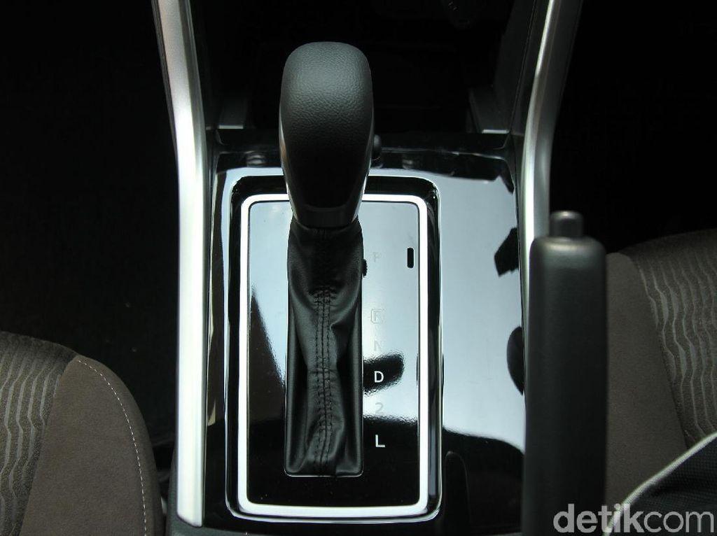 Mending Mana Mobil Pakai CVT atau Transmisi Matik Biasa?