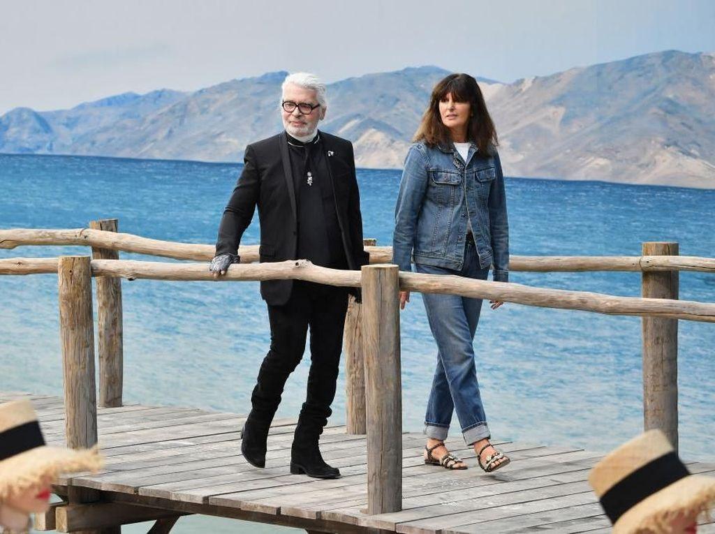 Ini Sosok Wanita Pengganti Karl Lagerfeld Sebagai Direktur Kreatif Chanel