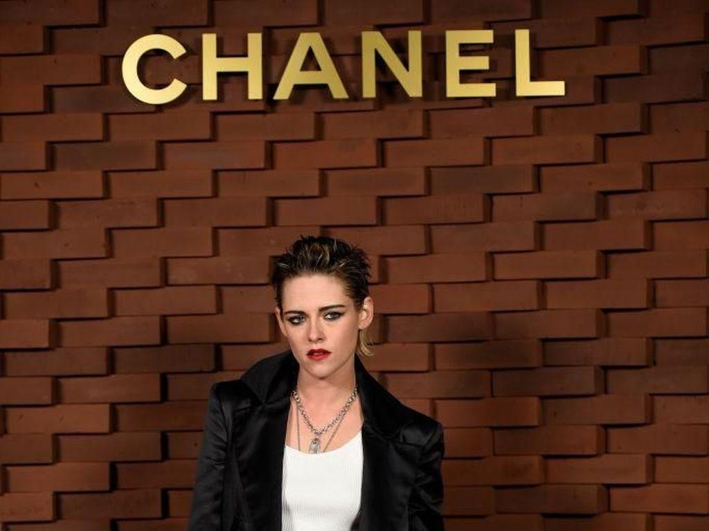 Chanel Gelar Fashion Show saat Pandemi, Hanya Dihadiri Kristen Stewart
