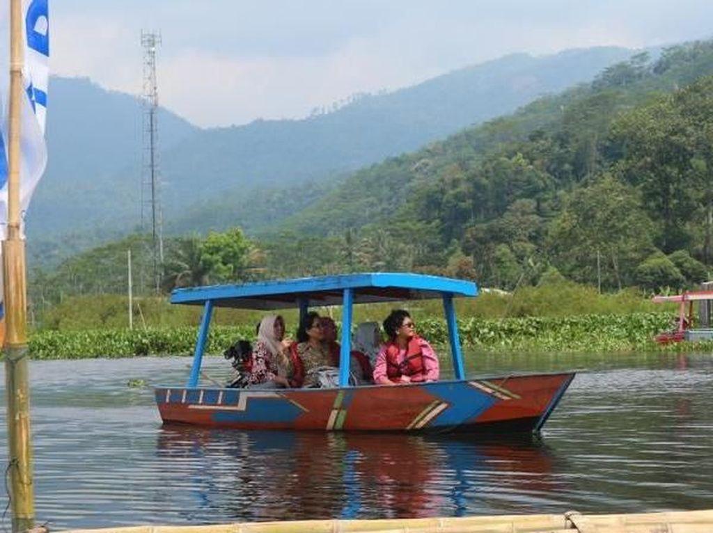 Cantiknya Danau Rawa Pening di Ambarawa