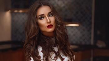 Cantiknya Penari Perut dari Rusia yang Viral karena Aksinya Bikin Terpana