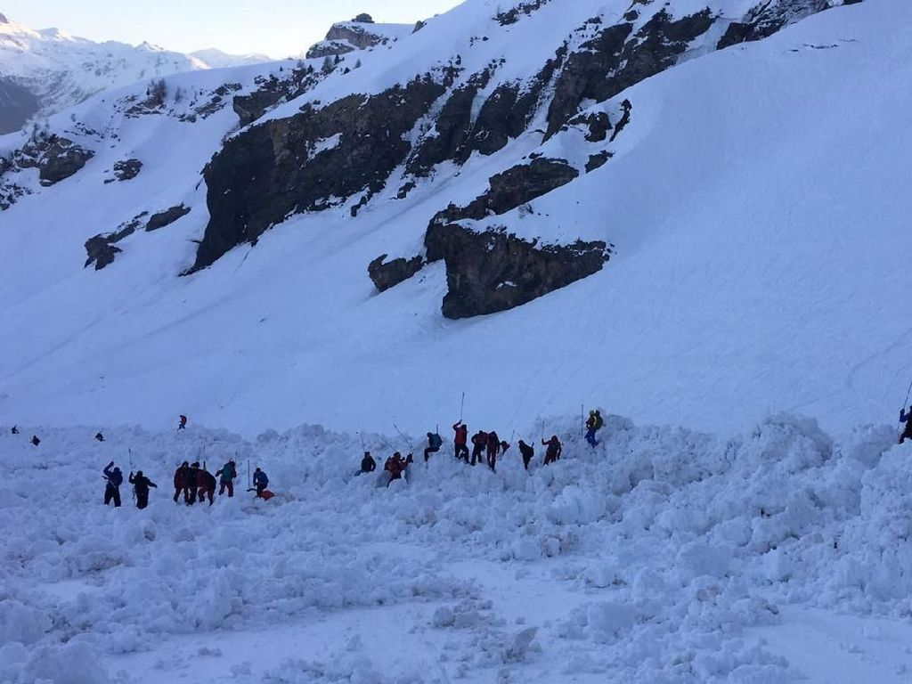 Salju di Gunung Ben Nevis Skotlandia Longsor, 2 Orang Tewas