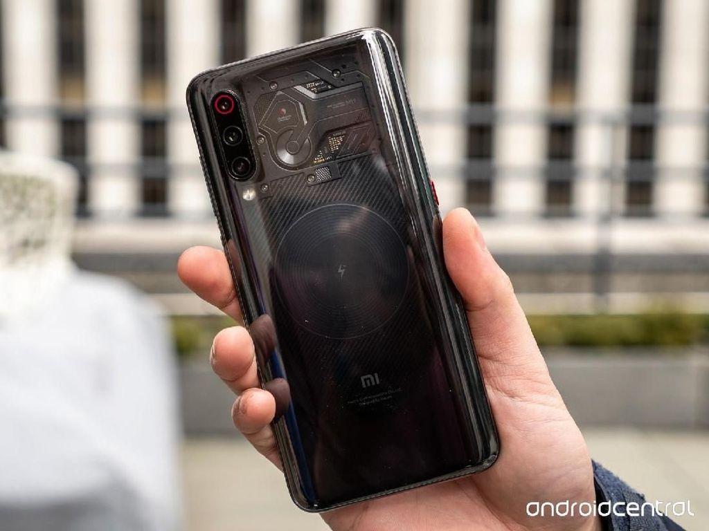 Xiaomi Klaim Punya Lebih Dulu Ponsel Berkamera di Bawah Layar