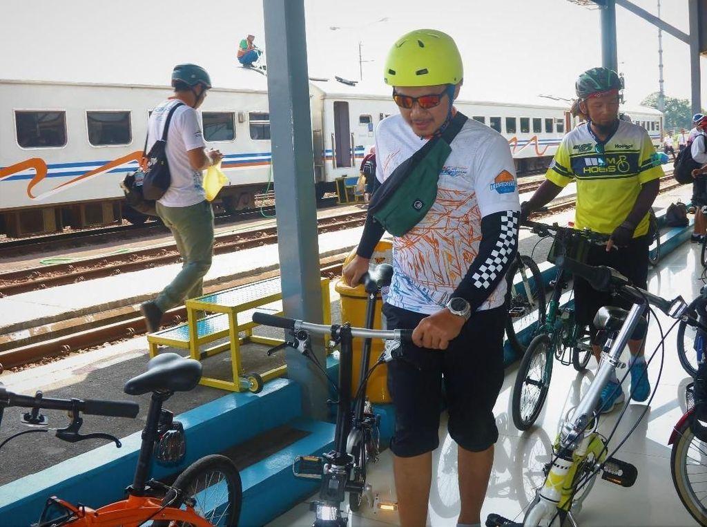 Kini Kamu Bisa Bawa Sepeda ke Dalam Kereta Api