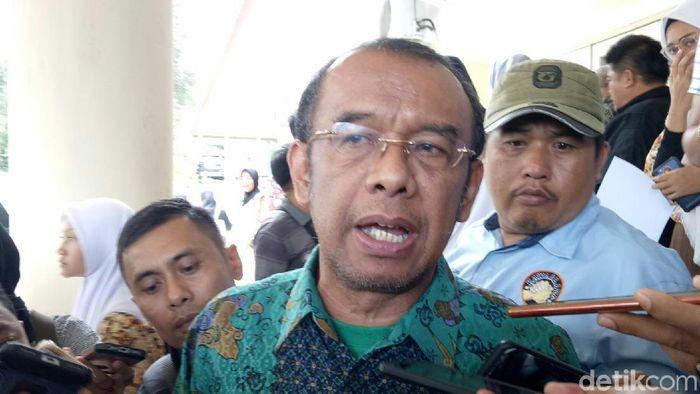Kememnpora berharap Ketua Umum PSSI yang baru tidak seperti Dey Rahmayadi yang merangkap jabatan (Raja Adil Siregar/detikSport)